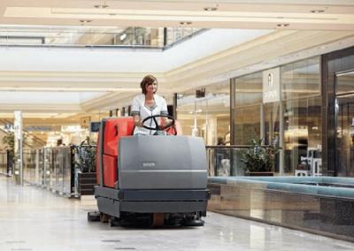 Ventajas de contratar un servicio de limpieza para centros comerciales (1)